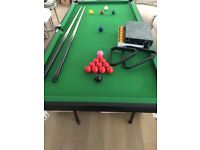 GAMESSON SNOOKER AND POOL TABLE 6FT X 3FT COST OVER £300 NEW