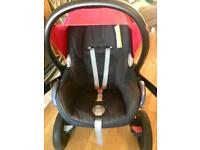 Maxi cosi car seat and two bases (not isofix)