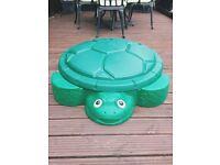 Little Tikes Sandbox / paddling pool