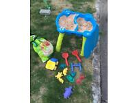 Kids children's sand pit play stand used with toys