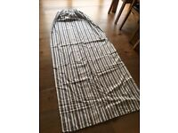 2 pairs of full length lined curtains