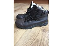 Goretex Brasher Walking Boots Size 8
