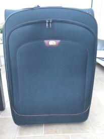 2 Travel Cases