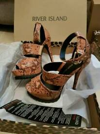 River island shoes like new