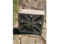 Decorative Flower Design Cinder Block / Moulding Concrete Blocks