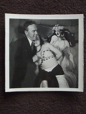 SEXY WOMAN IN GYSPY COSTUME POSING WITH MAN IN A  SUIT  VTG 1941 - Costumes With A Suit