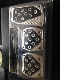 Gear nob and pedals
