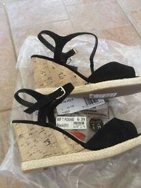 New look wedge heel sandals
