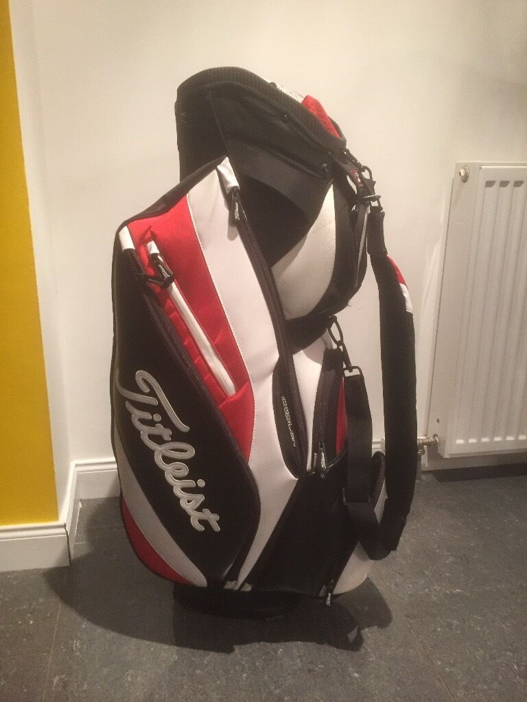Titleist cart bag.