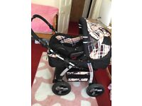 Pram 3 in 1 buggy Includes carry cot, car seat, changing bag, mattress & pushchair