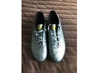 Adidas Size 9 football boot