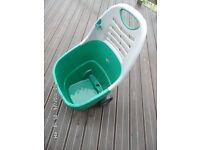 Garden items: scarifier & wheeled garden waste transporter