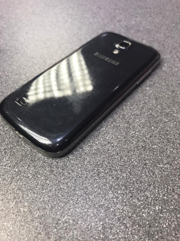 Samsung galaxy s4 mini unlockin Leicester, LeicestershireGumtree - Samsung galaxy s4 mini unlock Very good condition ,little wear and tear on edgeOpen to allNetwork With charger