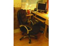 Swivel Office leather Chair for sale only £20