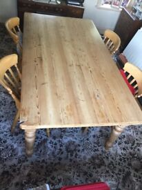 Large pine kitchen table + 6 matching chairs