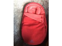 Quinny Moodd Inlay baby cocoon nest (red rumour)