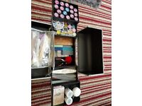 A full acrylic mail kit and nail art