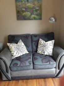 Settee 2 + 1 grey and purple reversible seats in excellent condition