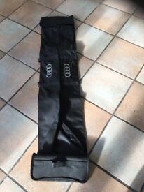 Audi Q5 roof bar carrier bag