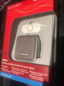 Wireless portable doorbell