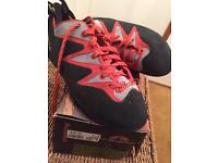 La sportiva scorpion rock climbing shoes