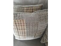 8 Sofa Cushions