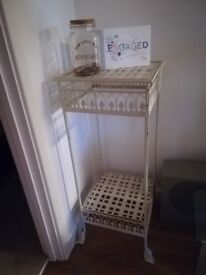 Metal display stand, lovely style.