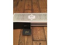 GHD Arctic Gold Curve Wand