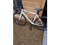 £**240** Carrera Vanquish Mens Road Bike lights amd helmet