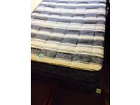 Single bed divan with drawers