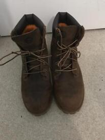 100% genuine ladies timberland boots size 6