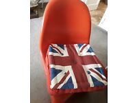 4 Red Retro S Shaped Chairs