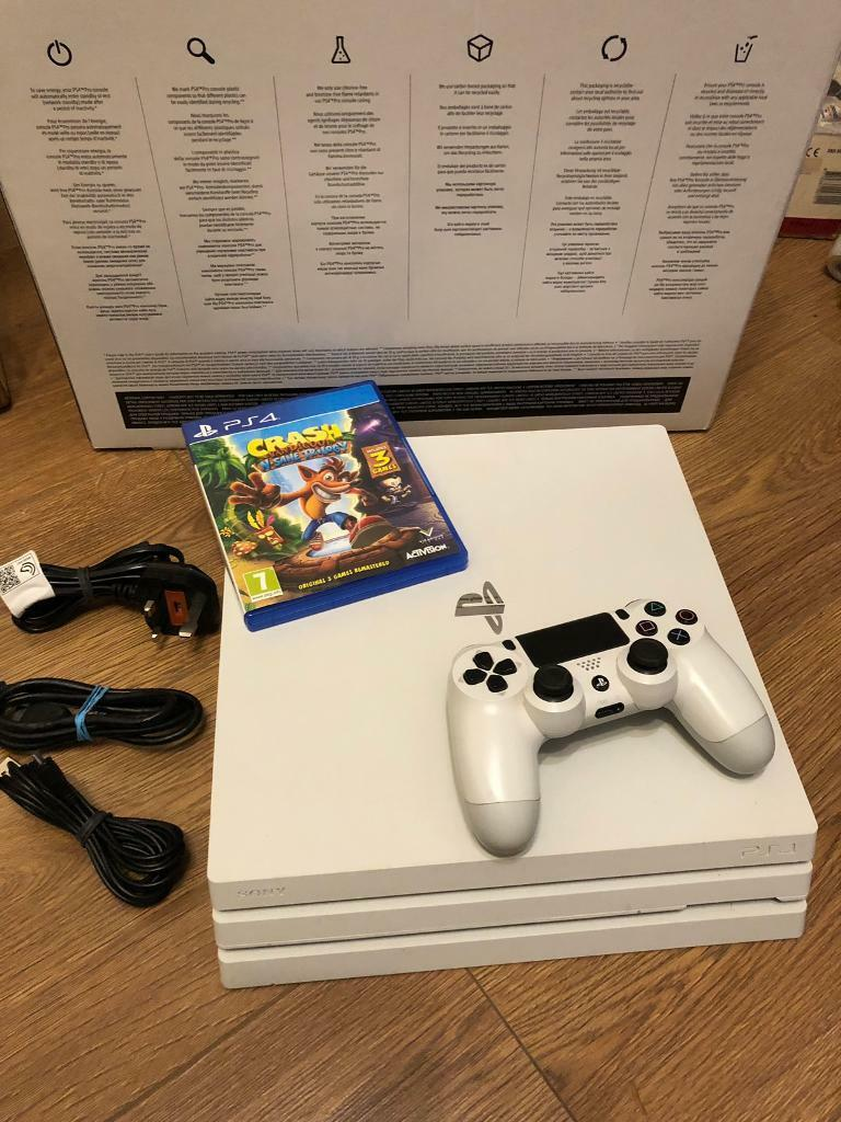 Glacier white PS4 1TB + crash bandicoot and fortnite | in Leicester,  Leicestershire | Gumtree
