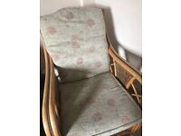 2x wicker chairs good condition removable cushions