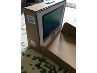 APPLE iMac 21.5 inch MID 2014 NEW 8GB 1TB (Office 2011/Photoshop LR5/Final Cut PRO X included)
