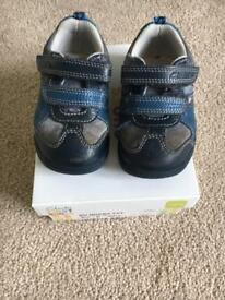 Clarks first shoes size 4.5 G