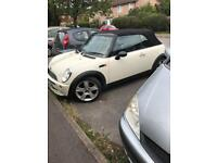 Mini convertible 2008 cream