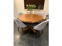 Lovely dining table/console table/desk