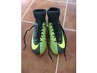 Boys Football Boots Nike Mercurial Vapours