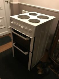Becko bcdp503w cooker with double oven less than 2 years old 😀Lovely condition