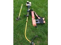 Roby multi tool to cut bushes and hedge trimer! Full bag of sepre parts including! Can deliver!