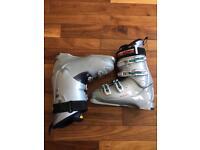 Nordica W6W Womens ski boots