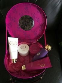 Gok Wan Vanity Case Full With Goodies And Mirror New