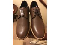 Size 8 Full Leather men shoes