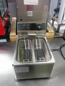 NEUF Friteuse ELECTRIQUE Omcan , Countertop Electric Fryer- New
