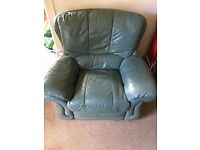 Reclinable set of 2 armchairs and 1 sofa with two places