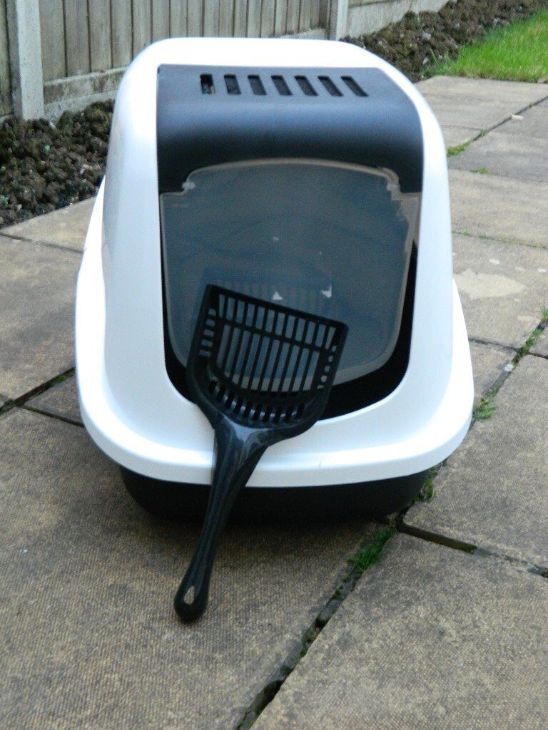 Cat/ Kitten Litter Tray (With hood)