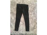 H&M maternity black jeans 14