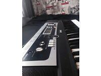 YAMAHA YPT 210 61 Key Keyboard