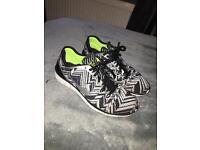 Women's Nike free run tri fit size 5